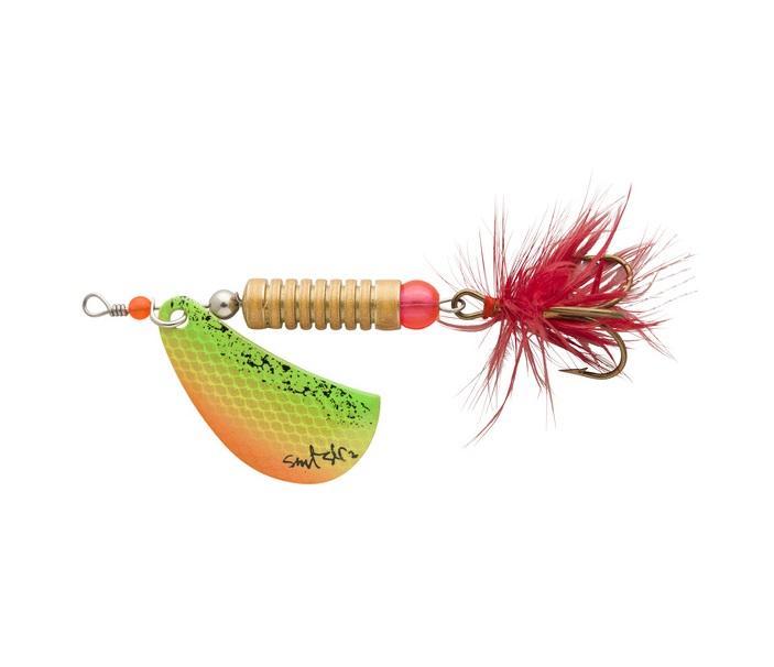 Werpend vissen op snoek met spinners